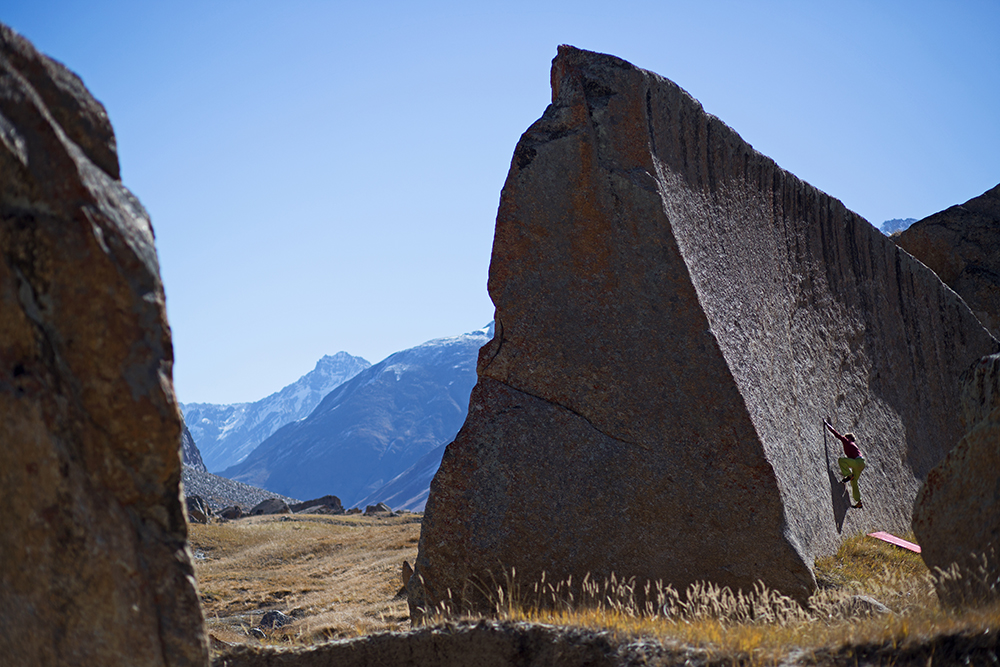 Living the fridge. Bouldering on 4000m in Suru Valley, part II – Gallery 7