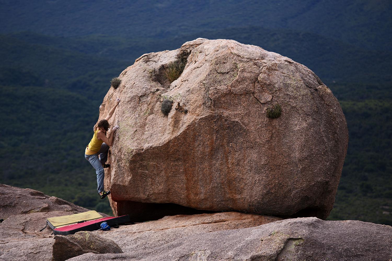 Capilla del Monte, oder sowas wie Bouldern – 8A+ zum Wiedereinstieg und die Wiederentdeckung der argentinischen Gastfreundschaft. Altiplano 2017 – Kapitel 3 (14.04. – 17.04.)