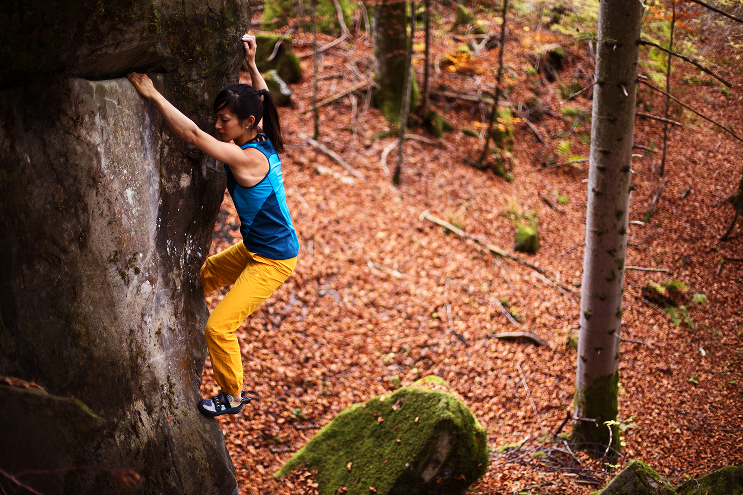 Katherine Choong bouldering! – An afternoon at the Cousimbert, Fribourg, CH